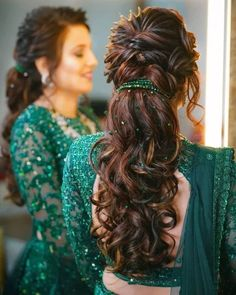 Open Hairstyles For Gowns Indian _ Gowns Hairstyles Indian open hairstyles for gowns indian # Hairstyles For Gowns, Open Hairstyles, Indian Wedding Hairstyles, Bride Hairstyles, Ponytail Hairstyles, Hairstyle Wedding, Simple Hairstyles, Hairstyle With Gown, Hairstyles With Lehenga