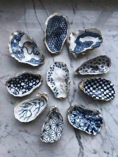 Seashell Painting, Seashell Art, Seashell Crafts, Beach Crafts, Diy Crafts, Painting On Shells, Oyster Shell Crafts, Oyster Shells, Sea Shells