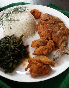 Bawal goreng crispy ala Ririn Ayam goreng ala Ririn Cah kangkung terasi ala Ririn Sambal ala Ririn  #ayam #ikan #bawal #crispy #kangkung #sambal #terasi #chicken #fish #seafood #rynyulian #photography #ryn #food #delicious #deliciousfood #kuliner #indonesia #foodpict #chef #cheftable #fresh  #foodie #foodism #indonesian #foodporn #foodpic #foodphoto #foodstagram #foodphotography