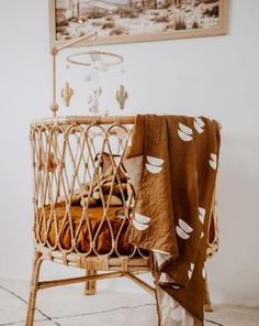 Natural and handmade macrame baby nursery. Natural cotton fiber and lightness will create bohemian look for your child's room. Cozy and beautiful nursery Boho Nursery, Nursery Decor, Bedroom Decor, Baby Room Neutral, Nursery Neutral, Gender Neutral, Decor Inspiration, Nursery Inspiration, Decor Ideas
