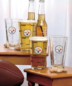 Set of 4 NFL Color-Changing Pint Glasses  Set of 4 NFL Color-Changing Pint Glasses brings new excitement to your game-day refreshments. The white front features your team?s name in temperature-sensitive print around the NFL logo. Fill up the glasses with any cold beverage and watch the team's name darken. It adds a fun visual touch to drinks with the guys on game day. Each glass, 16 oz.