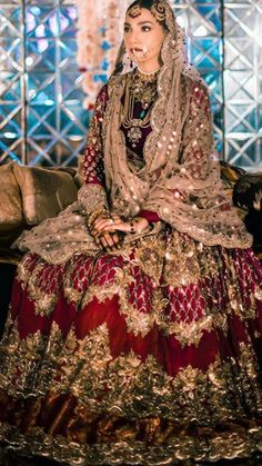 Wedding Dresses A Line Train .Wedding Dresses A Line Train Asian Bridal Dresses, Latest Bridal Dresses, Party Wear Indian Dresses, Pakistani Fashion Party Wear, Pakistani Formal Dresses, Pakistani Wedding Outfits, Pakistani Bridal Dresses, Indian Bridal Wear, Wedding Dresses For Girls