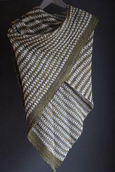 Ravelry: Moon Dust shawl with Hedgehog Fibres Skinny Singles and Malabrigo Yarn Sock - knitting pattern by Janina Kallio.