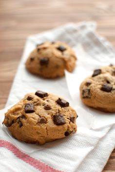 The Tough Cookie   Dulce de Leche Cookies   http://thetoughcookie.com