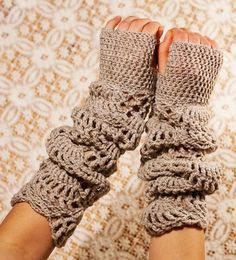 PDF CROCHET PATTERN gloves Sand Light - fingerless lace hand warmers in cappucino beige brown