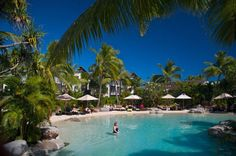 Image from http://www.travelonline.com/fiji/accommodation/self-catering-hotels/radisson-blu-resort-fiji-32702.jpg.