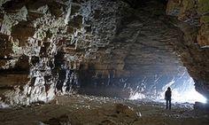 Robin Lythe's Cave u