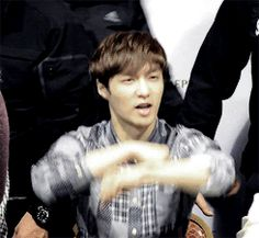 Zhang Yixing being a fluffy unicorn :^)