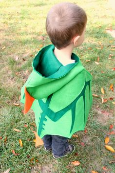 eat.sleep.MAKE.: Fall Felt Series: Hooded Dragon Cape