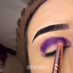 mua creating this stunning rainbow cut crease eye look. Cut Crease Eyeshadow, Cut Crease Makeup, Purple Eyeshadow, Eyeshadow Makeup, Eyeshadow Palette, How To Cut Crease, Eyebrow Makeup, Makeup Eye Looks, Eye Makeup Tips