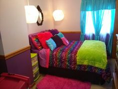 im in loveeee with this room i will try to add it to my room