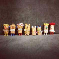 """32 Likes, 5 Comments - よしこ (@merolmerol) on Instagram: """"夏休みの工作の流れでコルク人形 #8/30(日)の「木のしたで」#持っていくよ#ハンドメイド#handmade#手作り#キーホルダー#ストラップ"""""""