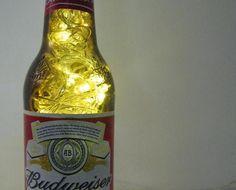 budweiser - a sua cerveja companheira de todas as horas, agora vai animar a decoração da sua casa.os leds têm 8 opções de pisca-pisca ou ficam estáticos.eitcha, bebum mesmo.