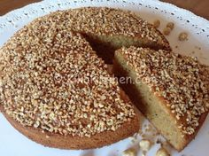 Torta di nocciole morbida e soffice. Ricetta passo passo   Kikakitchen Torte Cake, Cake & Co, Italian Desserts, Italian Recipes, Cooking Cake, Plum Cake, Magic Recipe, Sweet Cakes, Cakes And More