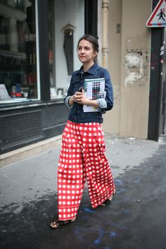 gingham palazzo pants & denim. NYC.