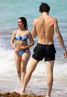 Shawn Mendes Back, Shawn Mendes Shirtless, Shawn Mendes Imagines, Lady And Gentlemen, Miami Beach, Bikinis, Swimwear, Gentleman, Crushes
