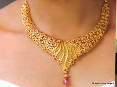 Neck and Necklace and Fashion Jewelry (Kerala Jewellery Designs) Kerala Jewellery, India Jewelry, Jewelry Design Drawing, Gold Jewellery Design, Silver Jewellery, Silver Anklets, Body Jewellery, Diamond Jewellery, Real Gold Jewelry