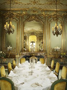 Relais & Chateaux - Cliveden House. United Kingdom. Luxurious dining room.