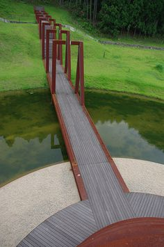 water circle straight path with pergolas along the length