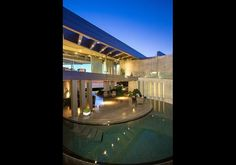 Crescent House, San Diego Space-Age Home With Black-Bottomed Pool, Lists For $11.75 Million