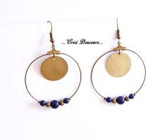 Boucles d'oreilles Créoles Lapis lazuli perle bronze Boho Ethnique Chic : Boucles d'oreille par crea-douceurs