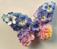 renkli çiçeklerden kelebek modeli