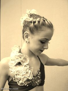 Chloe Lukasiak  Who is this girl and why is she trying to steal my last name?