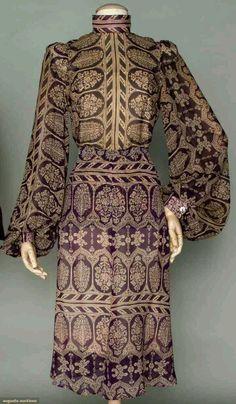 Modelo de vestido com manga bufante mega tradicional na época!