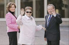 Francisco Rocasolano, el abuelo de la Reina Letizia que siempre estuvo ahí. Fotogalerías de Casas Reales. Francisco Rocasolano, abuelo de la Reina Letizia, ha fallecido a los 98 años a causa de los problemas derivados por unas complicaciones respiratorias. El padre de