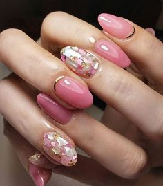 Pink × White のシェルミックス❤ #nailart #naildesign #nails #nailartlover #jel #jelnail #ネイル #ネイルデザイン # #ジェルネイル #ジェル #美甲 #秋ネイル #shell #simple #simplenail #office #officenail #オフィスネイル #シンプ}