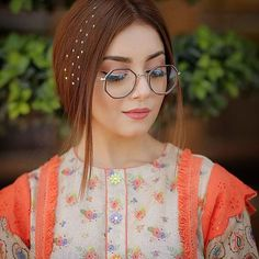 Anyone is easy to love when there's nothing but sunshine. I am asking to be loved when there is rain, thunderstorms, hu. Pakistani Fashion Party Wear, Pakistani Girl, Pakistani Actress, Pakistani Dresses, Pakistani Suits, Stylish Girl Pic, Cute Girl Photo, Stylish Dp, Asian Photography