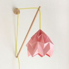 Snowpuppe Wall fixture Klimoppe with Moth pink - with yellow cord
