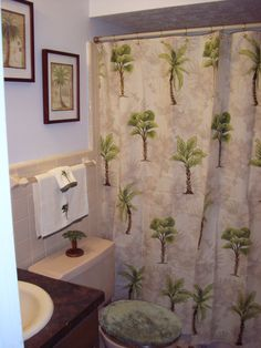 palm tree bathroom wall decor - Internal Home Design Palm Tree Bathroom, Tropical Bathroom Decor, Garden Bathroom, Bathroom Wall Decor, Bathroom Sets, Bathroom Colors, Small Bathroom, Palm Tree Decorations, Tree Wall Decor