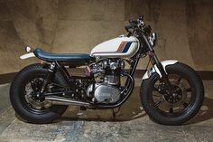 YAMAHA XS650 - ANALOG MOTORCYCLES - PIPEBURN