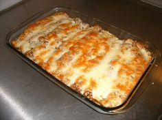 Täytetyt letut (suolainen) n. 12 kpl Finnish Recipes, Big And Small, Tex Mex, Lasagna, Recipies, Food And Drink, Treats, Baking, Ethnic Recipes
