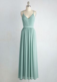 You and your bestie are inseparable, together through it all - most memorably the momentous occasion celebrated in this sage green dress! Let this flowy maxi add fabulousness to your festiveness - with its V-neckline, pleated bodice, and tied open back, this chiffon gown is the most stylish way to show your support!