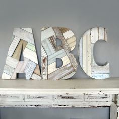 reclaimed wood letters from curioussofadiaries 98