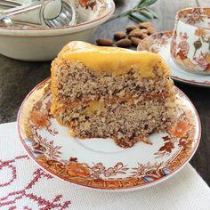 Portuguese Desserts, Portuguese Recipes, Baking Recipes, Cake Recipes, Brazilian Dishes, Almond Cakes, Relleno, No Bake Cake, Coco