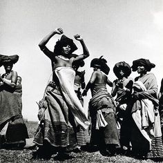 Image by Constance Stuart Larrabee. | Born in England, and raised in South Africa, Larrabee documented South Africa's tribes throughout the 1930s and 40s, including the Zulu, Ndebele, Lovedu, Swazi, Sotho, Transkei, and Bushmen. Such images, given the (colonial) context, begs questions of otherness, of gaze, of positioning, of distance and relationship between subject and photographer. Feel free to share thoughts + questions #SUNUresearch #SUNUjournal #SUNUconversations