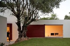 House of Agostos by Pedro Domingos Arquitectos