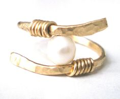 Gold Pearl Wire Ring Handmade Ring Wire Wrapped by CollectionRED #wireringshandmade #PearlGoldJewellery