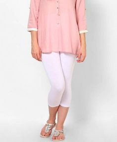 MARIANNE | Eighties 60 capri-legging wit | Nu 10% korting! - SOSHIN.nl Mon Cheri, Capri Leggings, Marianne, White Jeans, Pants, Fashion, Trousers, Fashion Styles, Women Pants