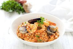 Rizoto me prodhime deti - Femra Moderne Rice Recipes, Pasta Recipes, Cooking Recipes, Frutti Di Mare Recipe, Seafood Risotto, Italy Food, Rice Dishes, Pizza, Fish And Seafood