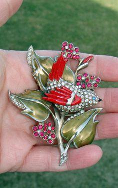 AWESOME RARE UNSIGNED R. DEROSA ENAMEL BIRD & LEAF PIN  | eBay