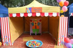 Feed the clown. More balls thrown in mouth wins larger prizes. Carnival Booths, Circus Carnival Party, Kids Carnival, Carnival Birthday Parties, Circus Birthday, Carnival Games, Birthday Fun, Carnival Tent, Carnival Ideas