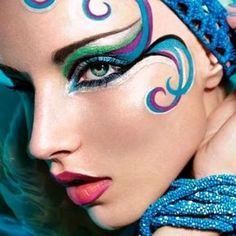 part face paint, part make up carnaval Maquillage Halloween, Halloween Makeup, Make Carnaval, Make Up Designs, Fantasy Make Up, Carnival Makeup, Rio Carnival, Creative Makeup, Costume Makeup