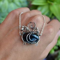 Wire Jewelry Designs, Handmade Wire Jewelry, Wire Wrapped Jewelry, Jewelry Crafts, Beaded Jewelry, Wire Jewelry Patterns, Stone Jewelry, Bijoux Fil Aluminium, Wire Pendant