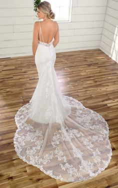 Sexy Fit-and-Flare Wedding Gown with Scallop Train - Essense of Australia Sexy Fit-and-Flare Wedding Gown with Scallop Train - Essense of Australia. Wedding Dress Prices, Lace Wedding Dress, Perfect Wedding Dress, Designer Wedding Dresses, Bridal Dresses, Indian Wedding Gowns, Beautiful Wedding Gowns, Essense Of Australia Wedding Dresses, Wedding Dress Pictures