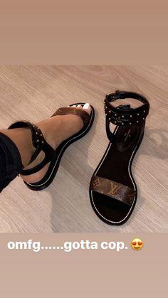 high heels – High Heels Daily Heels, stilettos and women's Shoes Sandals Outfit, Cute Sandals, Cute Shoes, Me Too Shoes, Shoes Sandals, Flats, Dream Shoes, Crazy Shoes, Shoe Closet