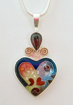 Medium Red Heart Pendant with Garnet. This piece por MichaelRomanik